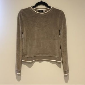 ❄️Urban Outfitters L/s Top❄️